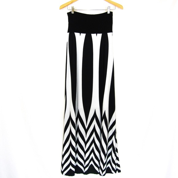 Love Culture Dresses & Skirts - Art Deco Geometric Windowpane Maxi Skirt